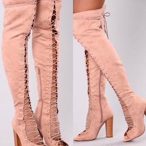Lace up Boots, Size 9